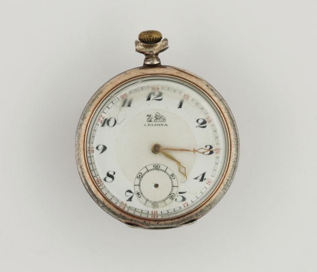 kello  taskukello  Leijona  mekaaninen kello  4e82bb483c